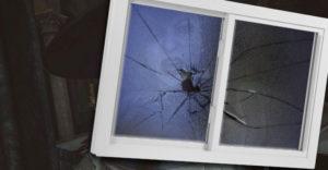 Resident Evil Village Hooligan Challenge: Каждое Разбитое Окно В Замке Леди Димитреску
